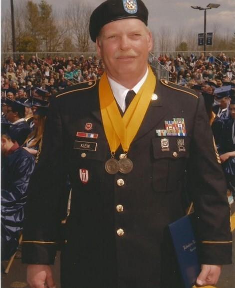 Jesse L Klein